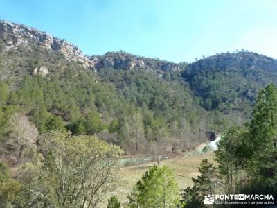 Hundido de Armallones - Alto Tajo; grupo senderista; senderos club de montaña;la granja de san ilde